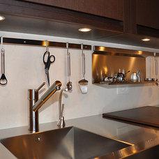 Modern Kitchen by Jonathon B. Myers, Inc.