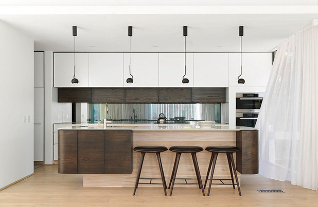Contemporary Kitchen by Luigi Rosselli Architects