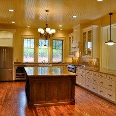 Craftsman Kitchen by Koenig Homebuilders