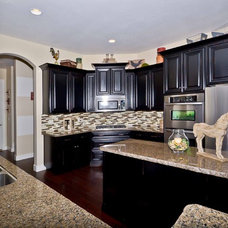 Traditional Kitchen by Coleman Homes