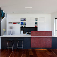 contemporary kitchen by Michelle Williams Photography