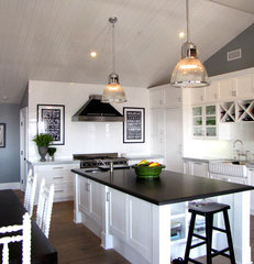 eclectic kitchen by Tara Bussema