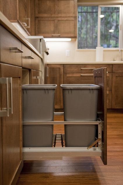 Traditional Kitchen by The Kitchen & Bath  Studio