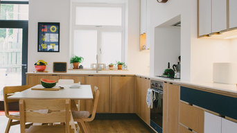 The Shillitoes: Navy Laminated & Oak Veneer Plywood Kitchen