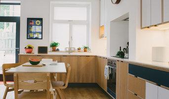 The Shillitoes: Navy Laminated & Oak Veneer Plywood Kitchen