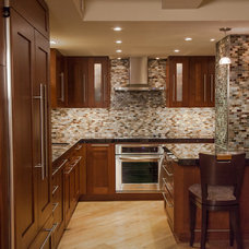 Contemporary Kitchen by San Diego Select Inc., dba Select Builders