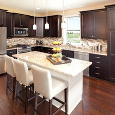 Traditional Kitchen by Robert Thomas Homes