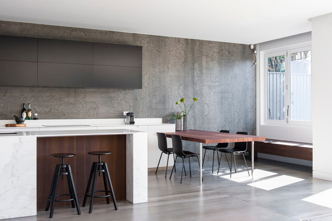 Modern Kitchen by MINOSA