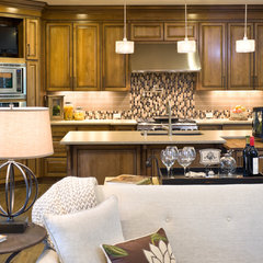 traditional kitchen by Vidabelo Interior Design