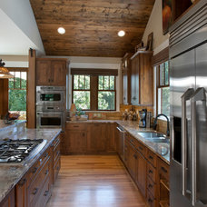 Craftsman Kitchen by Brookstone Builders