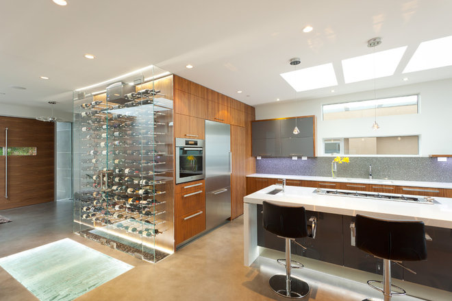 Contemporary Kitchen by kbcdevelopments