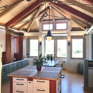 The wood ceiling and htimber rafters create a pattern  and color composition The