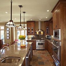 Traditional Kitchen by Harvest House Craftsmen