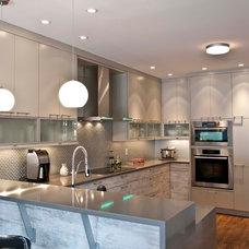 Modern Kitchen by Georgina Godin