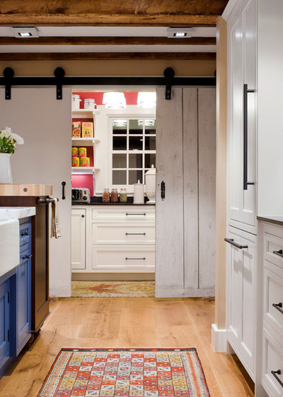 Have your open kitchen and close it off too - Closed kitchen design ...