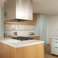 Modern Kitchen by Thomas Wold