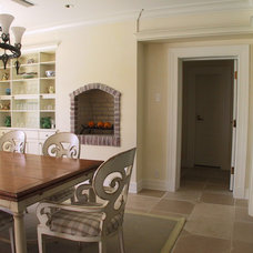 Traditional Kitchen by SOS Design