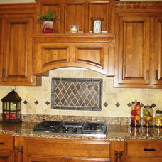 Traditional Kitchen by Minnesota Valley Granite
