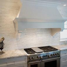 Transitional Kitchen by Benvenuti and Stein