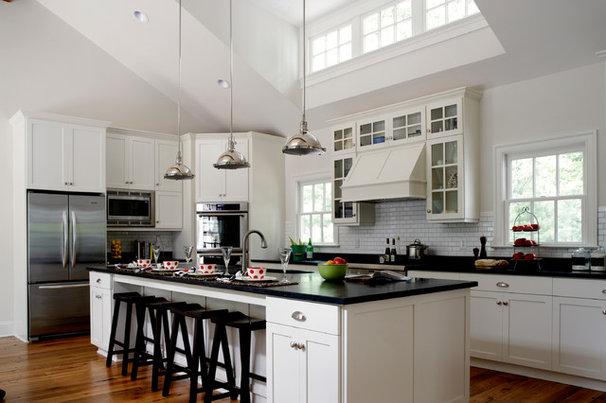 Farmhouse Kitchen by Rosney Co. Architects