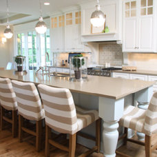 Traditional Kitchen by TIM VERSTRATE CUSTOM HOMES