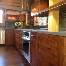Traditional Kitchen by Black Canyon Builders