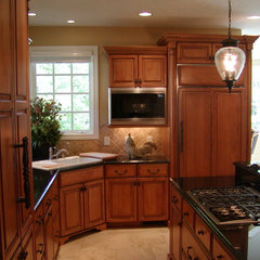 traditional kitchen by Image Design LLC