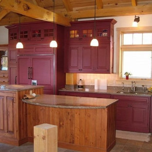 Mid Sized Rustic Eat In Kitchen Remodeling Inspiration For A