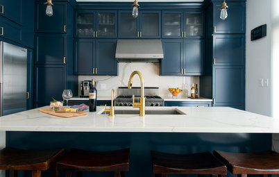 How to Bring Dark Blue Into Your Kitchen