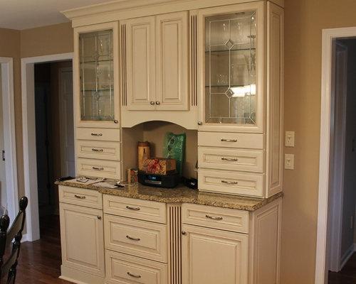 Kraftmaid Cocoa Glaze Mushroom Home Design Ideas, Pictures, Remodel and Decor