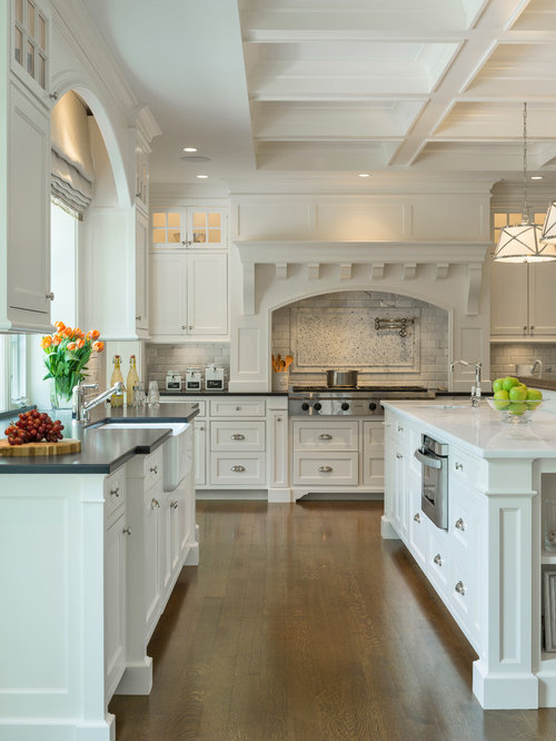 White Center Island Home Design Ideas Renovations Photos