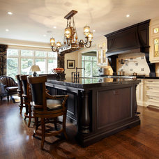 Traditional Kitchen by Parkyn Design