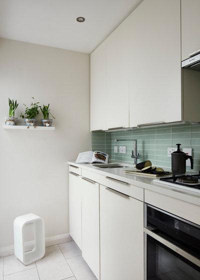 Modern Küche by houseology
