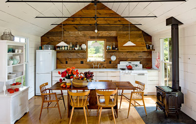 15 Ways to Cozy Up a Kitchen With Rustic Style