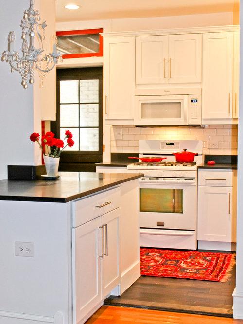 cuisine victorienne avec un plan de travail en stratifi photos et id es d co de cuisines. Black Bedroom Furniture Sets. Home Design Ideas