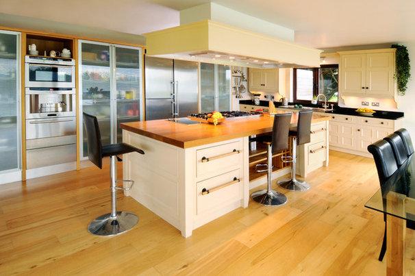 Contemporary Kitchen by Hausmann Kitchens