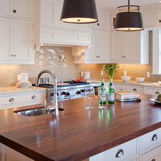 Traditional Kitchen by Greenfield Cabinetry