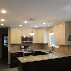 Traditional Kitchen by AC Remodeling Inc.