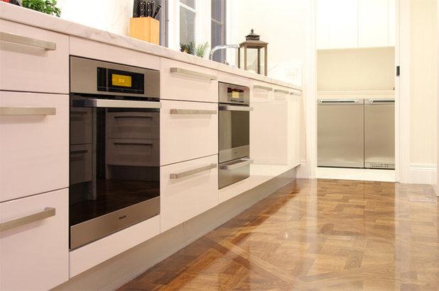 Contemporary Kitchen by AKL Designer Kitchens