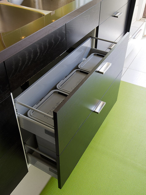 Under Sink Garbage Bins   Houzz