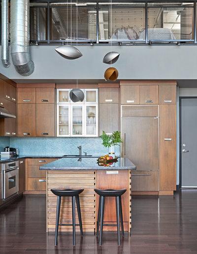 Industrial Kitchen by KMSalter Design