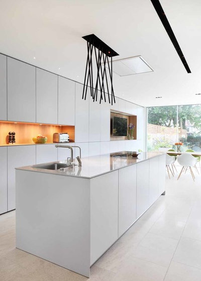 Contemporary Kitchen by bulthaup Mayfair, Holland Park