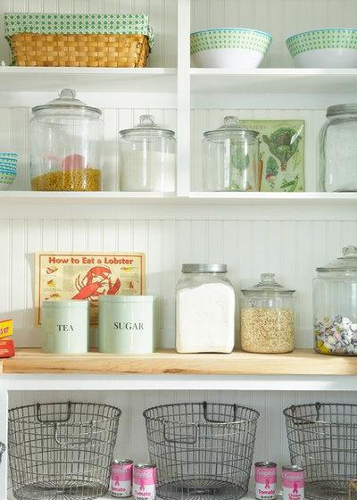Beach Style Kitchen by Tracey Rapisardi Design