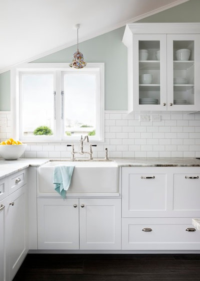 Traditional Kitchen by Templer Interiors