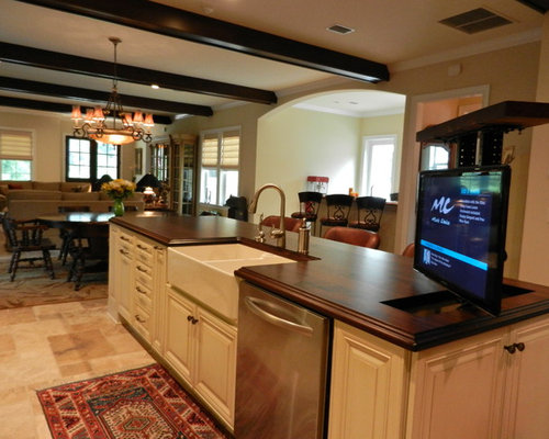 Pop up tv kitchen design ideas renovations photos for Style kitchen nashville reviews