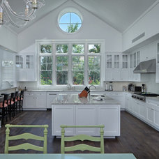 Traditional Kitchen by Mitchell O'Neil, A.I.A., P.A., Architect