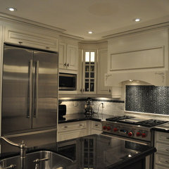 traditional kitchen by Isabel Beattie @ K Cabinets Oakville