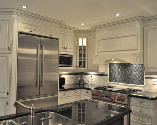Antique white cabinets houzz for Classic kitchen cabinets toronto