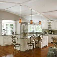 Traditional Kitchen by Cathy Stathopoulos, CKD