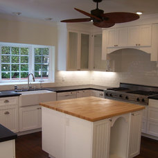 Traditional Kitchen by Nau Builders, Inc.